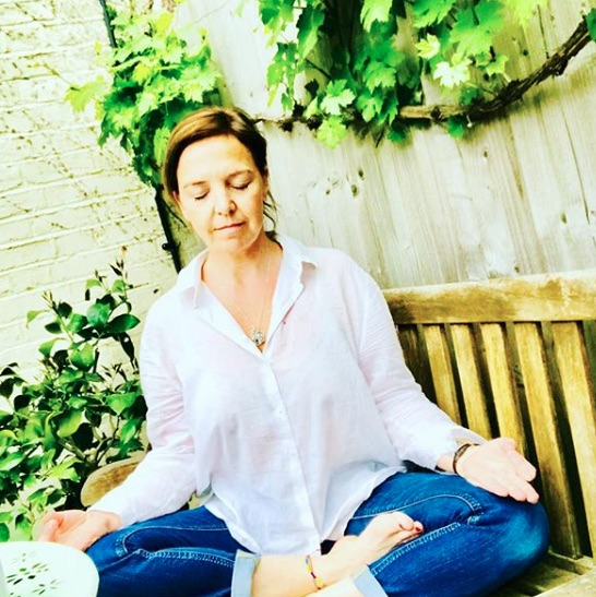 sophie-tunnicliffe-stage-yoga-cuisine-ayurvedique.jpg