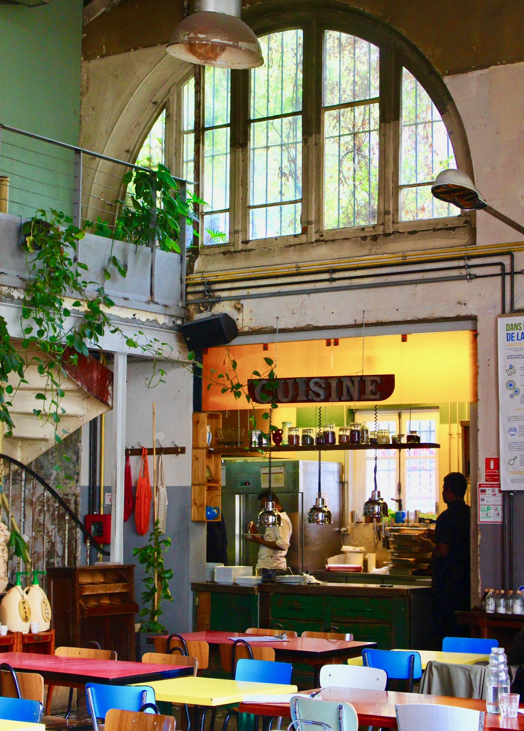 cantine-paris-18-la-recyclerie