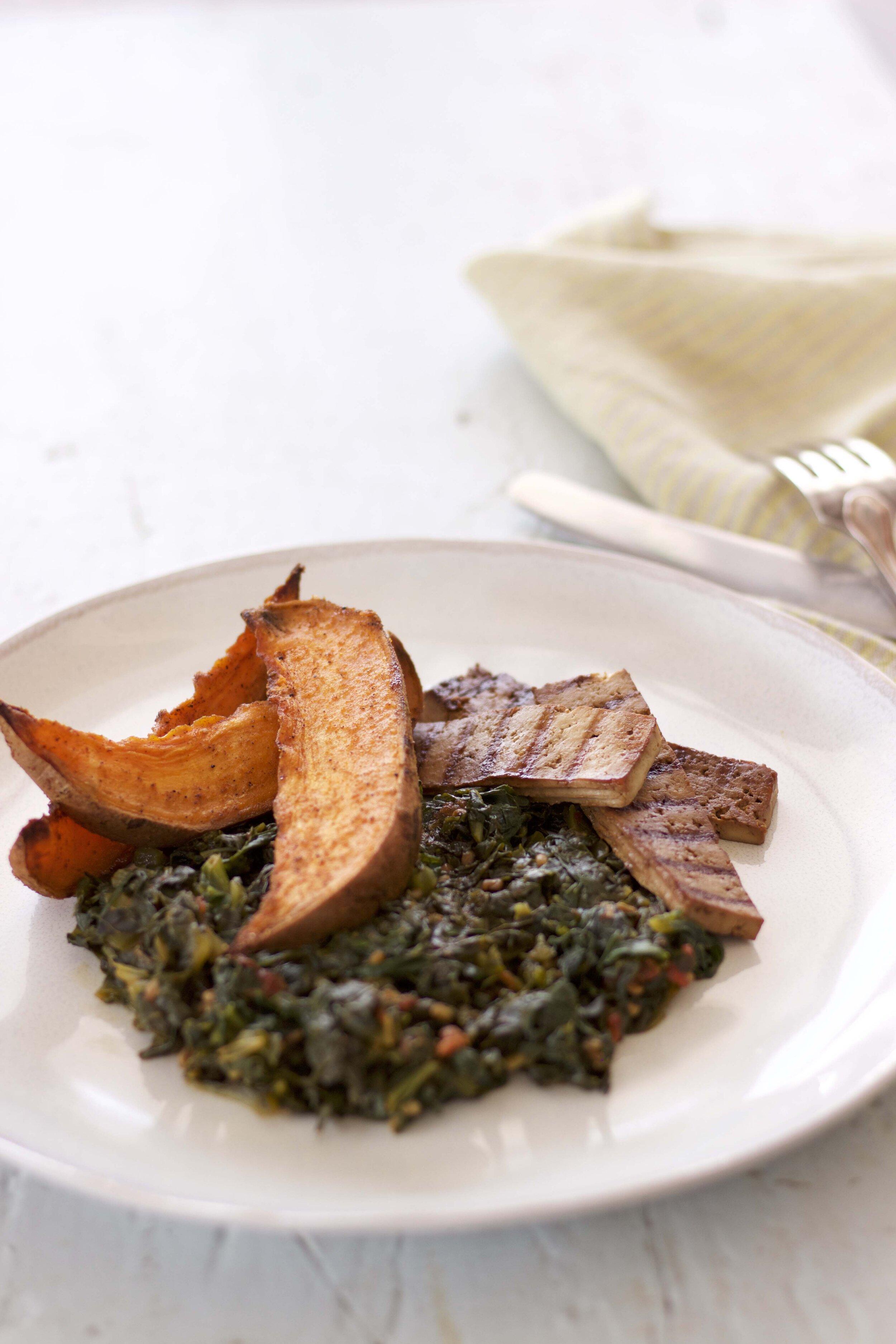 recette-ayurvedique-patates-douces-roties-epinards-tofu-grille.jpg