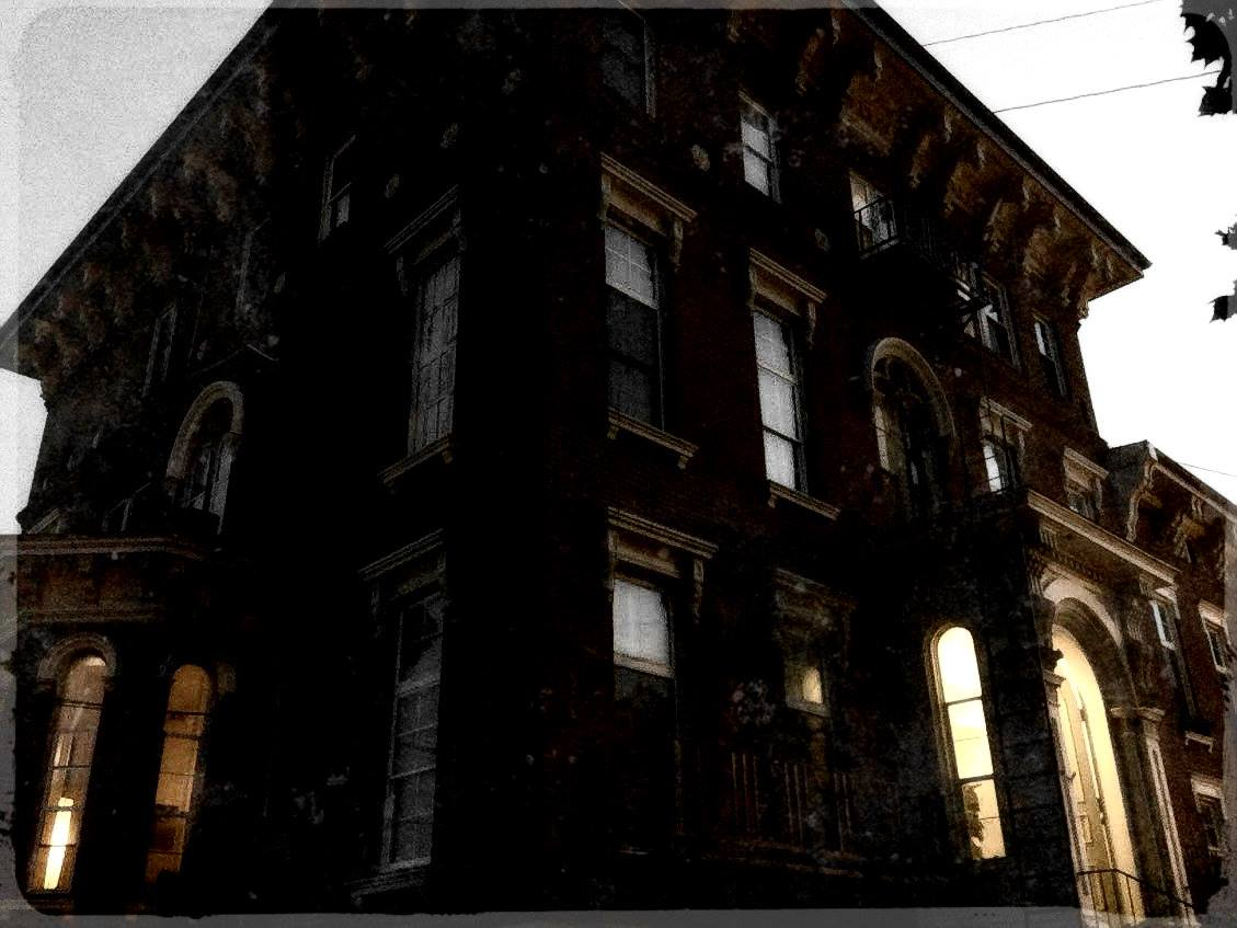 "ALTON HAUNTINGS TOURS |  ALTON, ILLINOIS  Discover the ghosts of ""One of the Most Haunted Small Towns in America!""   CLICK HERE FOR SCHEDULE AND RESERVATIONS!"