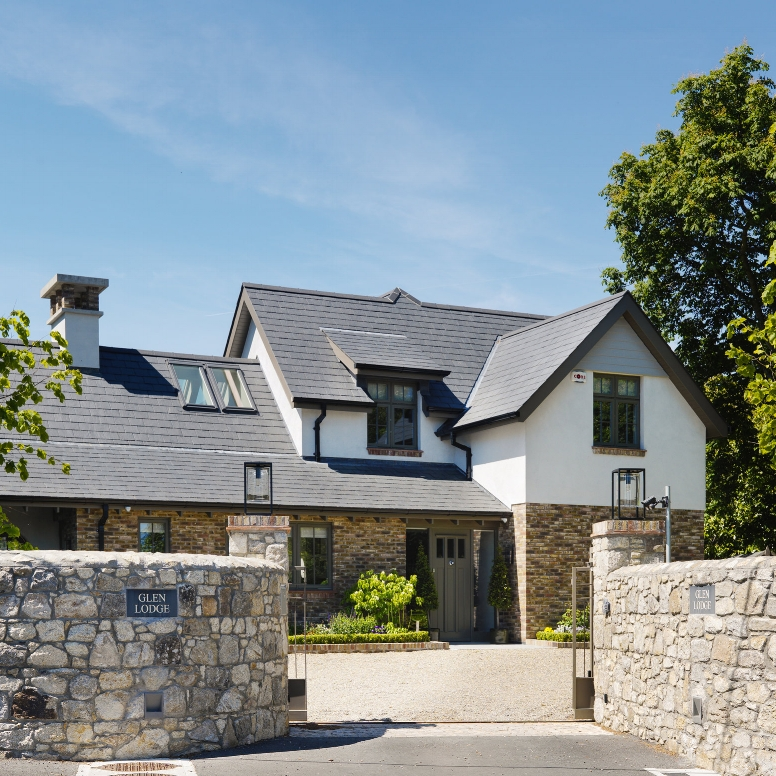 TRADITIONAL NEW HOME   FOXROCK