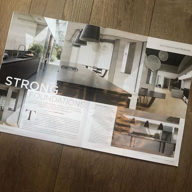 Delighted to have our restoration of this Victorian home with contemporary extension featured in @theglossmag this weekend. Careful attention to detail was required to create this minimalist architectural space, with exposed raw concrete, bespoke steel glazed doors and fenestration complimented by the large wide oak timber flooring. Collab @studiobrazilinteriors @porterandjones @roisinlaffertykld