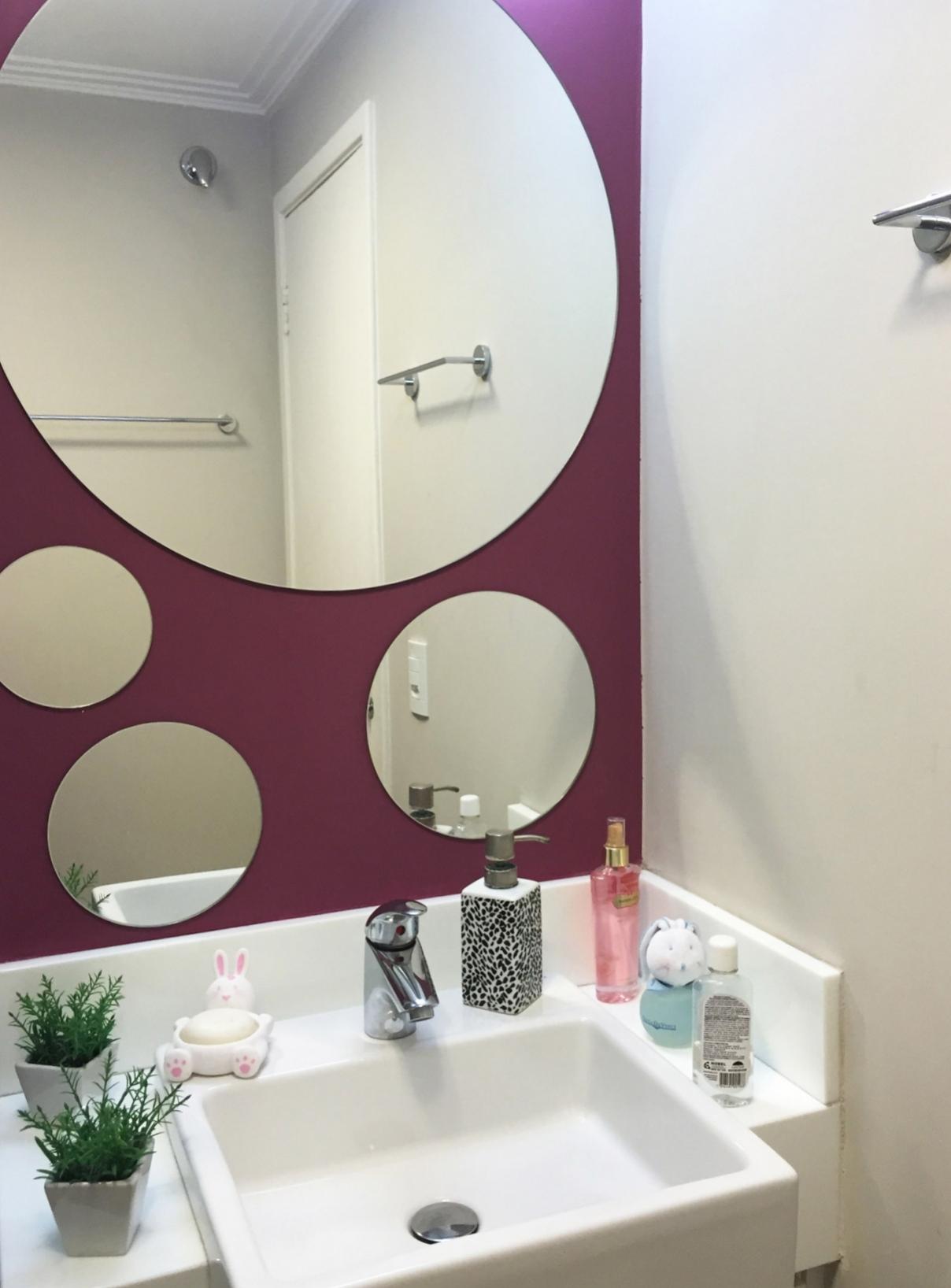 Daniela-Marques-Arquitetura-006-Banheiro-Lavabo-Espelho-Redondo.jpg
