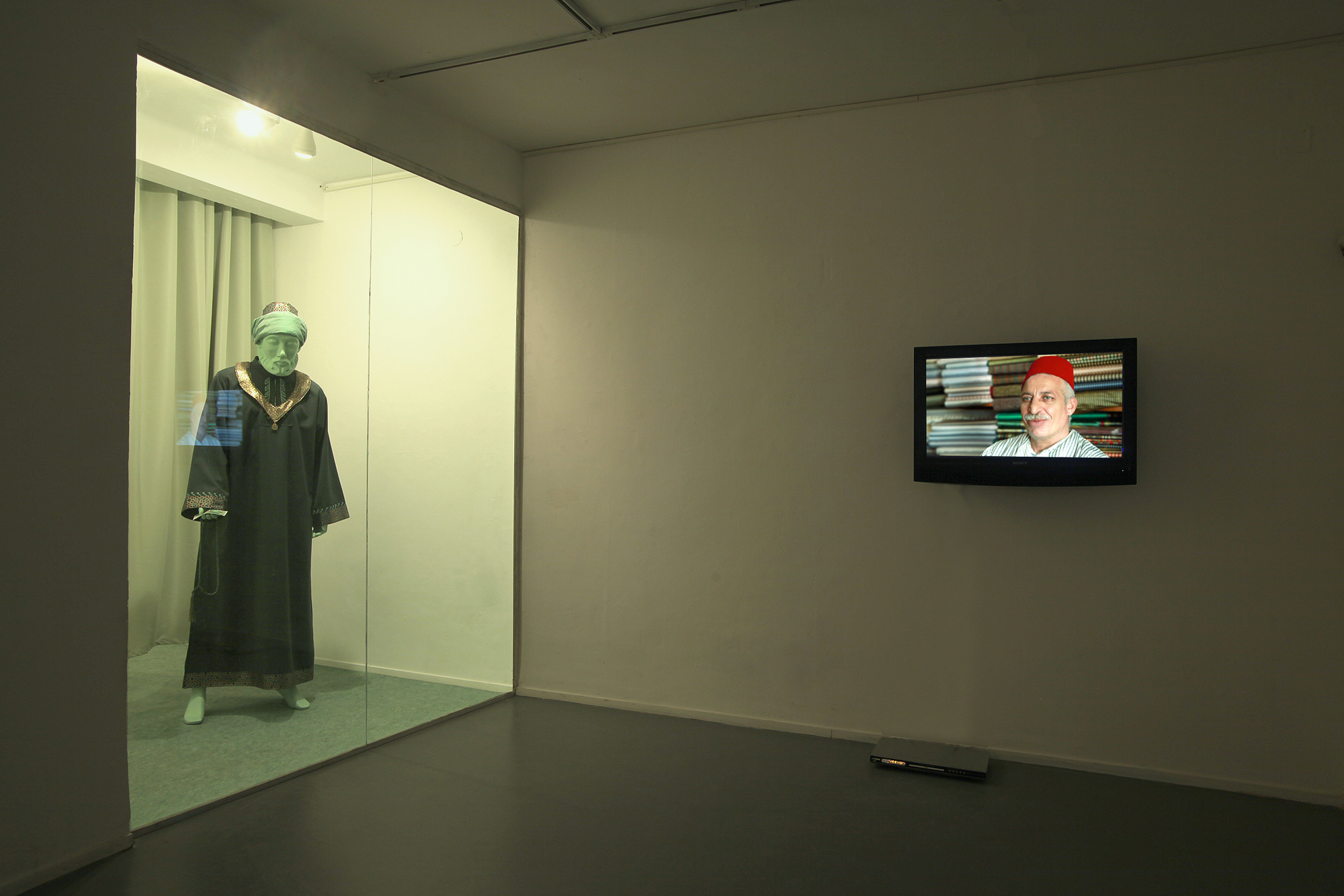 Maimonides's Attire, installation view at HaKibbutz Gallery, 2011