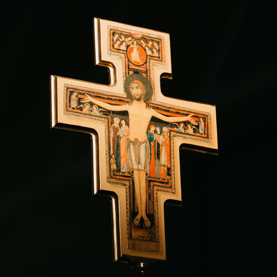 crucifix_web.jpg