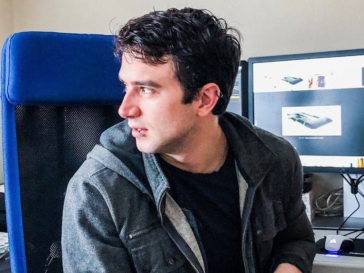 Cameron - VFX Coordinator: Cameron started his career at Legend 3D as well, doing compositing and stereo conversion for such feature films as: Ghostbusters (2016), Loving Pablo (2017), and Alpha (2018). Cameron also has extensive experience in virtual reality, both as a compositor and a CG and environment artist, taking on numerous projects ranging from music videos to virtual reality experiences.
