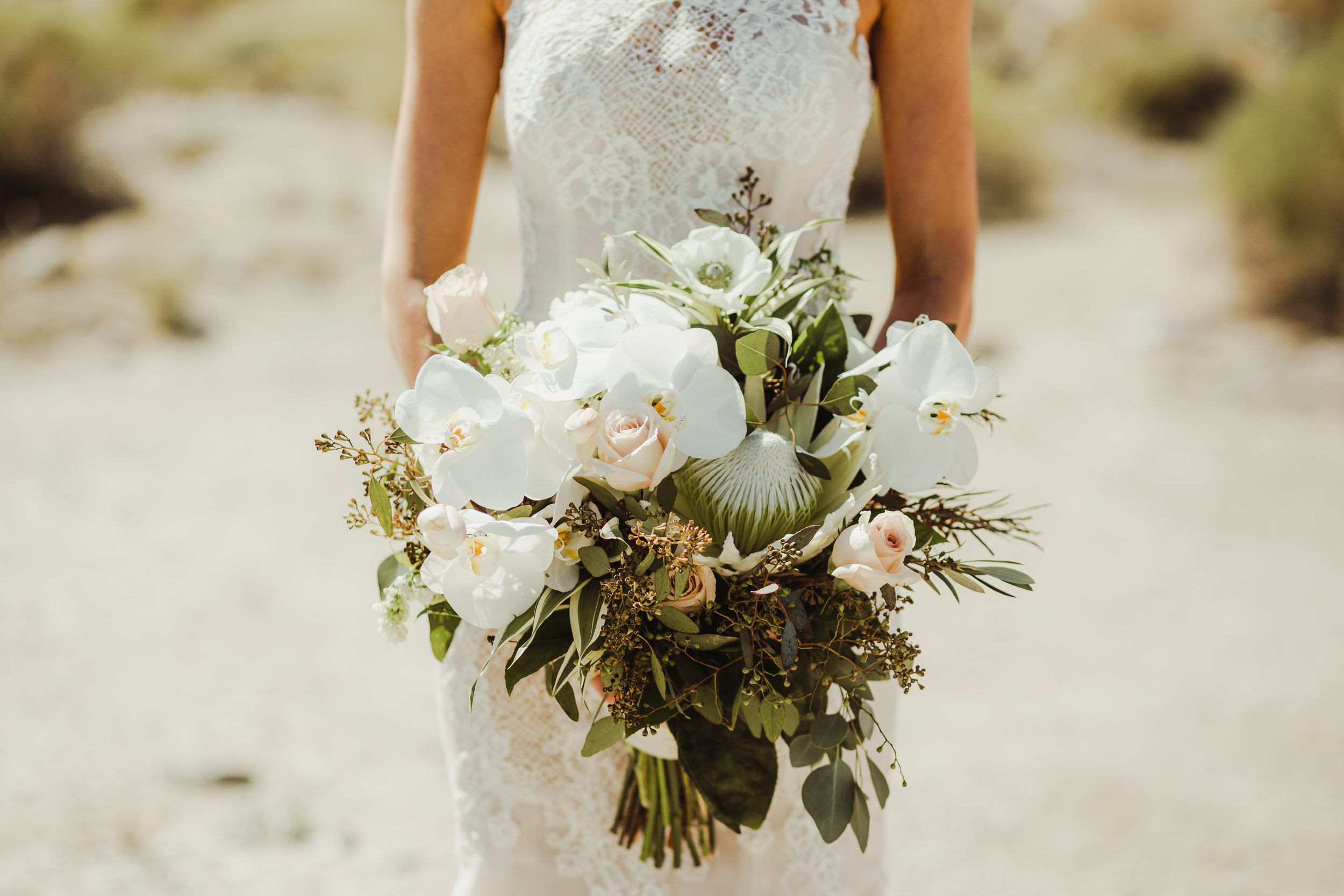 Vaso Bello bouquet photographed by  Hannah Costello Photography