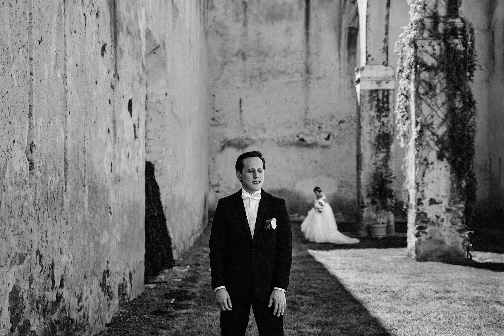 10 Encuentro de novios Boda hacienda castillo wedding planner magali espinosa fotografo 10-WEB.jpg