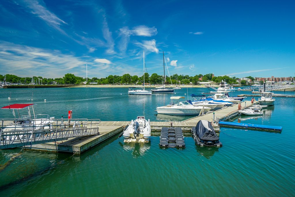 Boating docks available for members