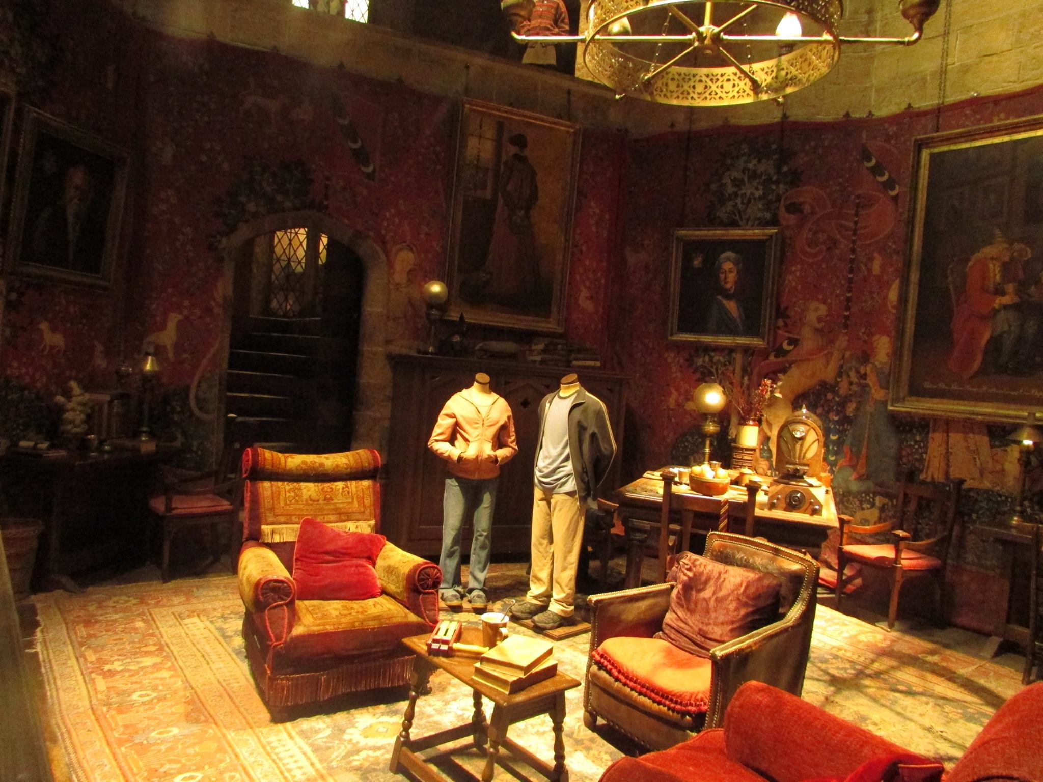Gryffindor common area HP.jpg