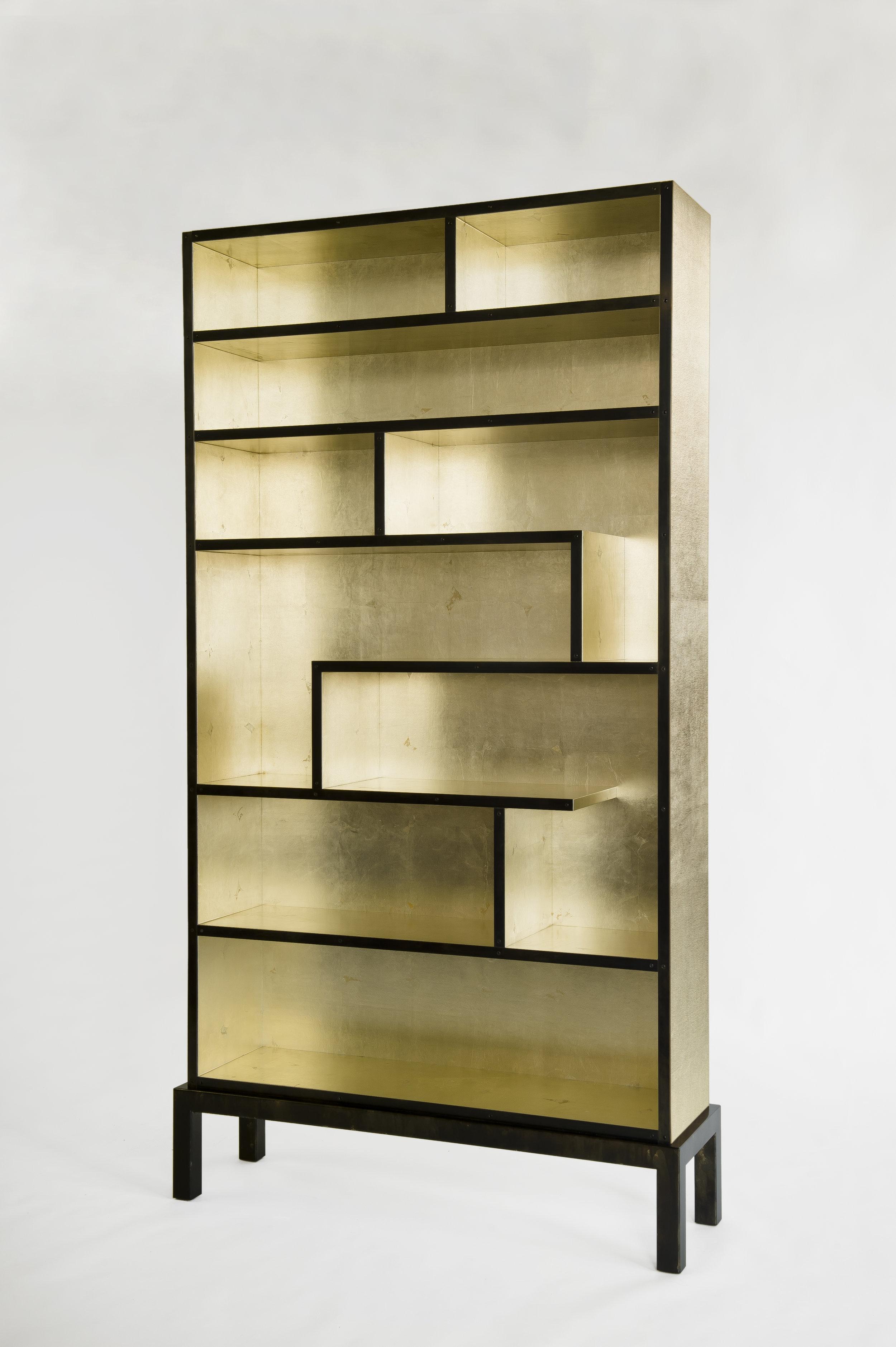 Bookshelf White goldleaf 3.jpg