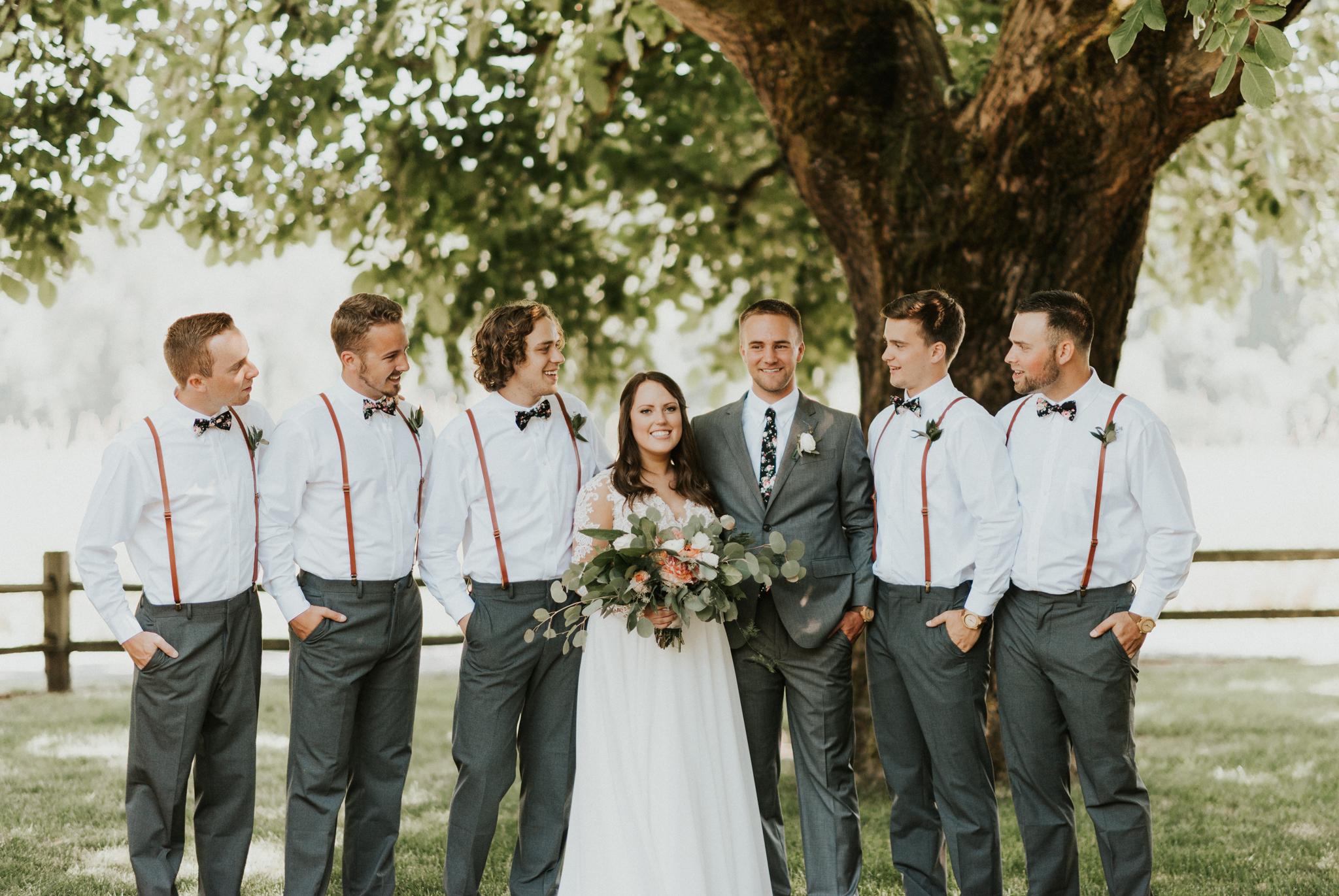 groomsmen meadow.jpg