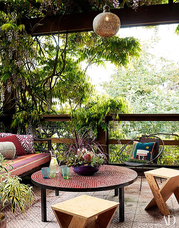 Outdoor-Seating-Area-Balcony-Terrace-Garden-Green-Space-Studio-Geiger-Architecture.jpg
