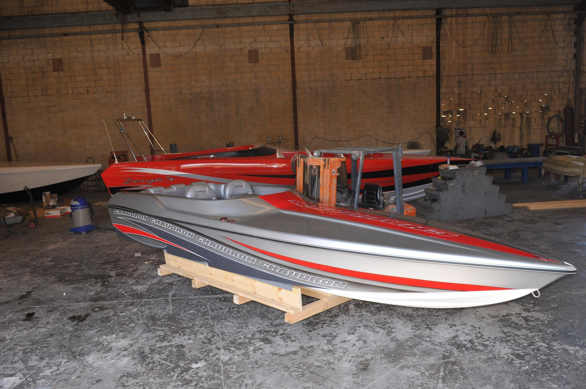 The Chaudron Pro S22 is a very narrow, deep v design for pleasure and race. Europe produces some of the most innovative performance boats that we don't see in North America.