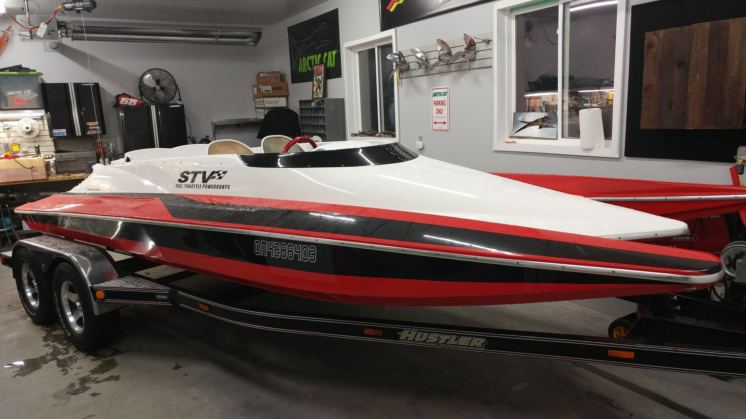 Full Throttle Powerboats out of Florida has taken the torch in building these beautiful boats. The right materials and attention to detail make these some of the lightest and quickest tunnels you can buy.