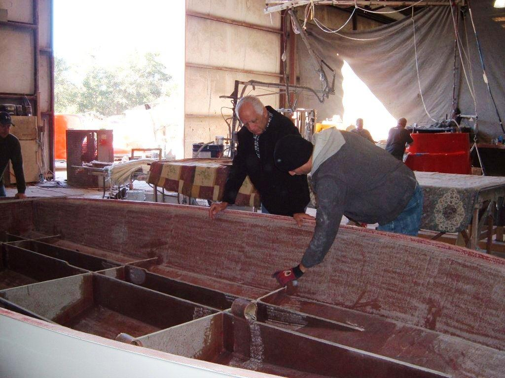 Build - Built beefy, full stringers with bulkheads. Custom layups are available. Phil has contracted with an experienced Miami builder, looked over here by Bob Saccenti.