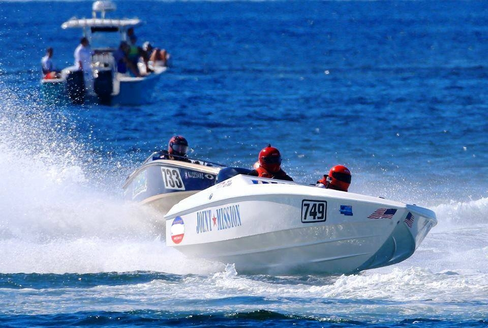 Racing - Racing can be accessible in boats like this. Phil won 3rd in the OPA National Championship in a 21 Maximo with a stock 200 Mercury Optimax.