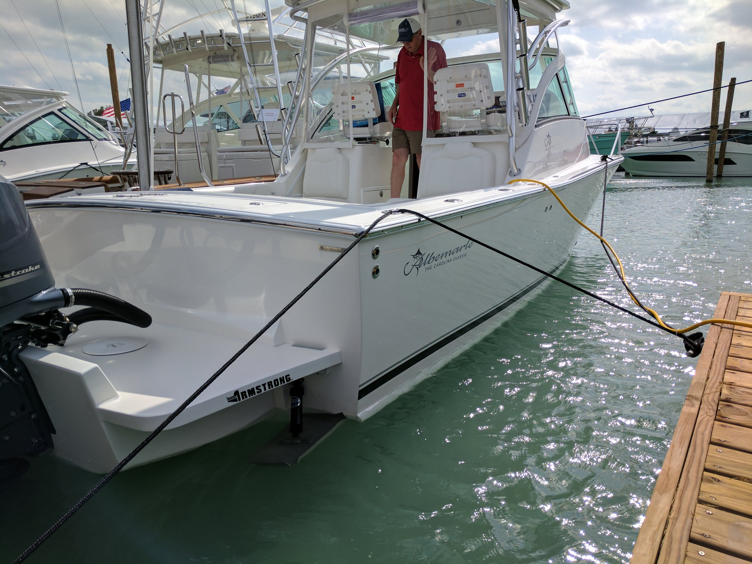 Armstrong brackets are common on all types of boats and are often OE suppliers.