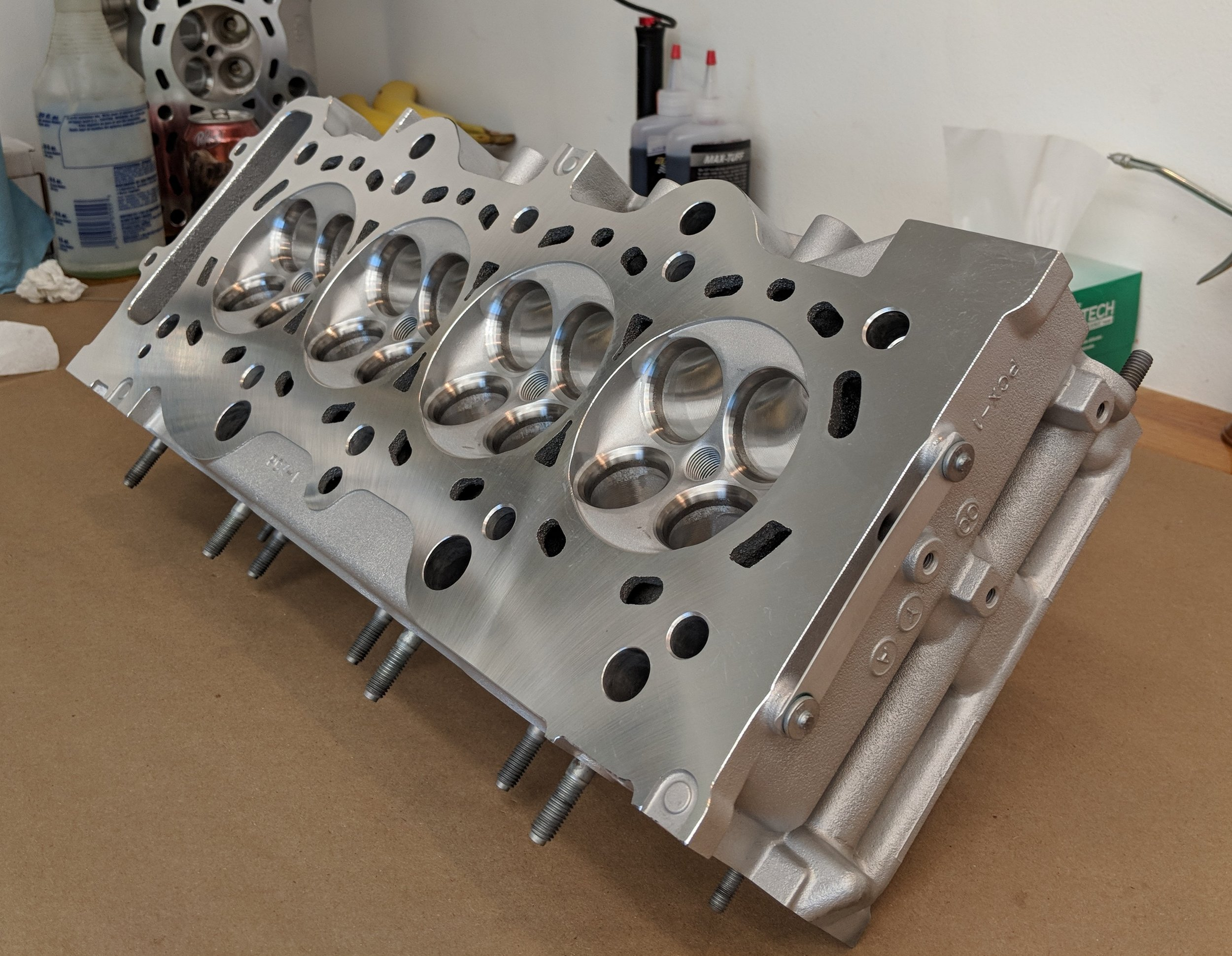 4 Piston Racing is known for their cylinder heads and race engines. Impeccable work and dedication to racing make them standout.
