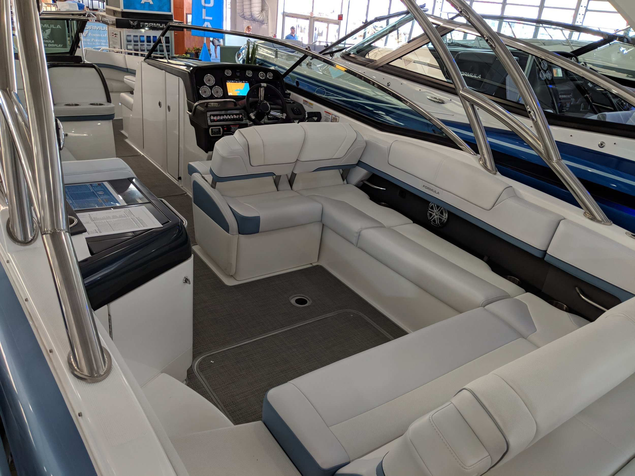 So many boat manufacturers get this wrong. Corners suck for seating, if one person sits on one side, their legs block the next seat. Here the back to back seats don't work either. Nor does the kitchenette, and the tower that your head will hit. This is a disaster.