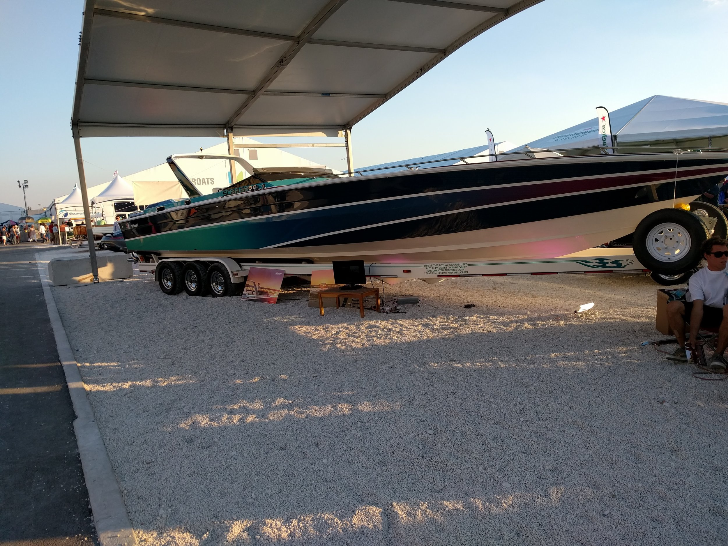 The striking paint job on the Miami Vice version shows off the incredible lines of the 38' Scarab. Different variations were made over the years, but the original 38' was a championship race boat that put Team Scarab on the map.