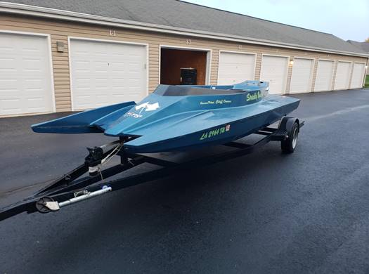 Nick found this Mirage through a friend. He knew going in that it needed everything, but the rarity and performance of the original Mirage hull makes them very worthwhile projects.