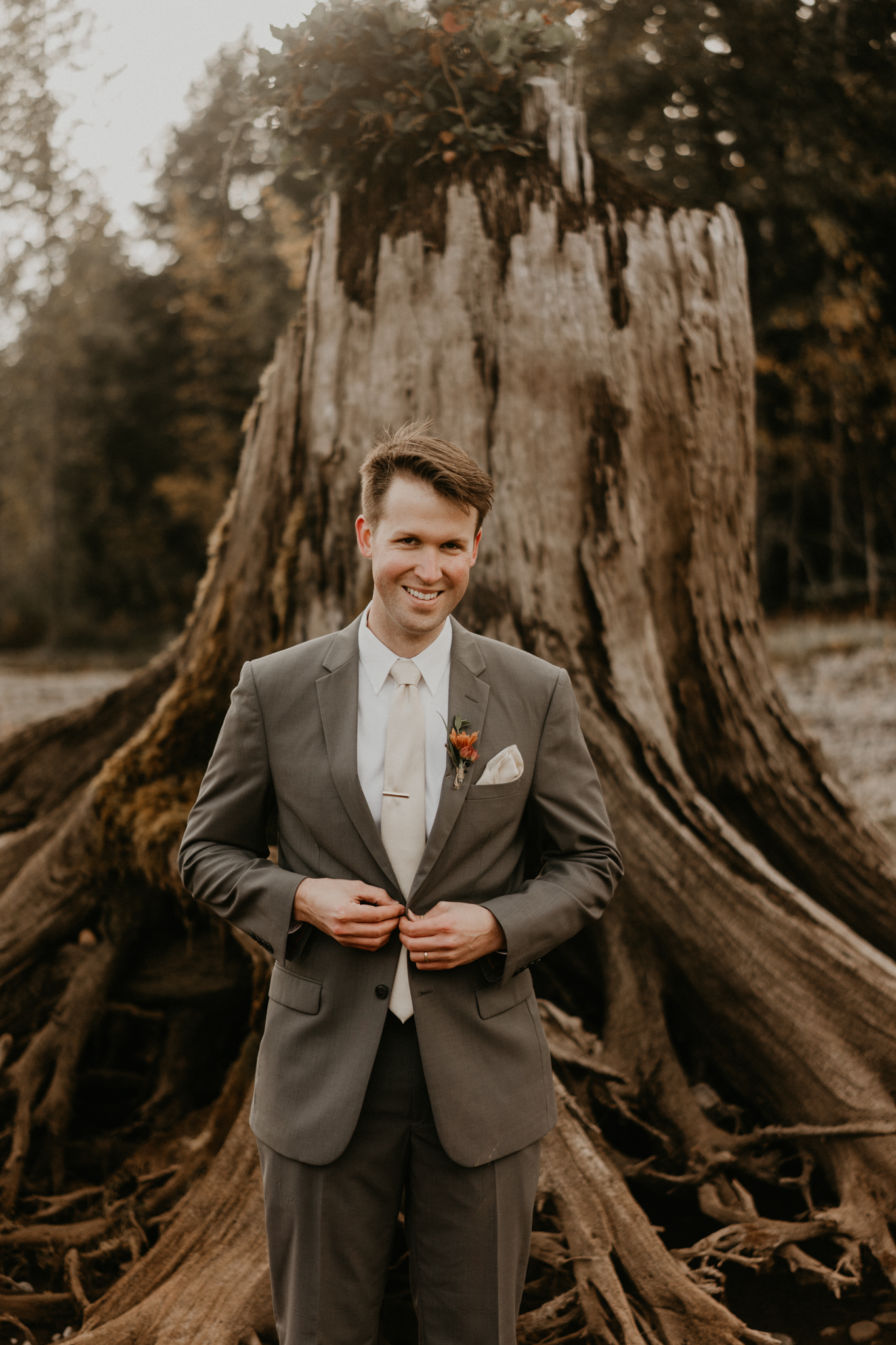 Lake-Cushman-Wedding-Elopement-Engagement-Seattle-Washington-PNW-Adventure-Nature-Photographer-19.jpg