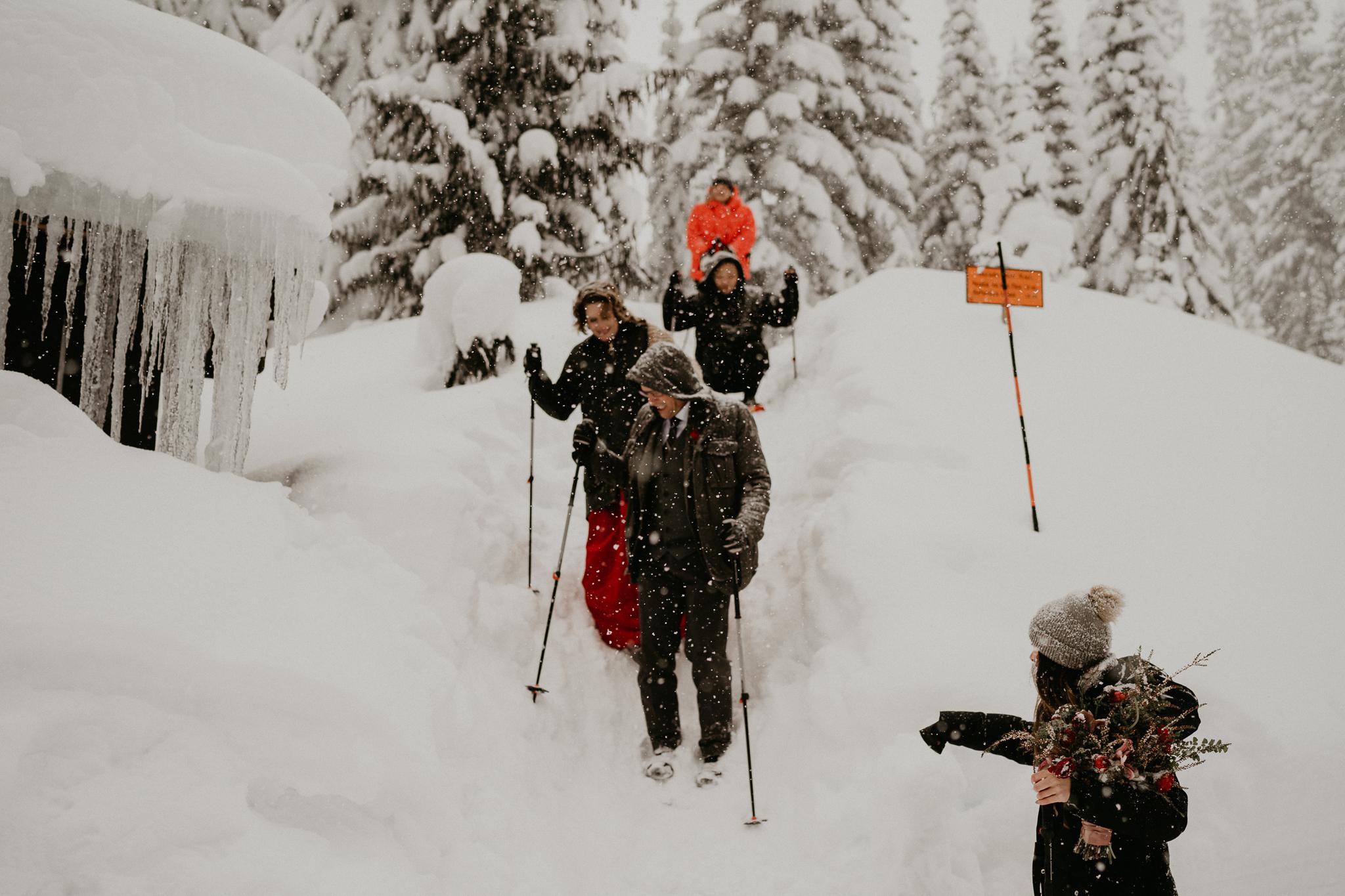 Mount-Rainier-Snow-Winter-Elopement-Adventure-Photographer2-75.jpg
