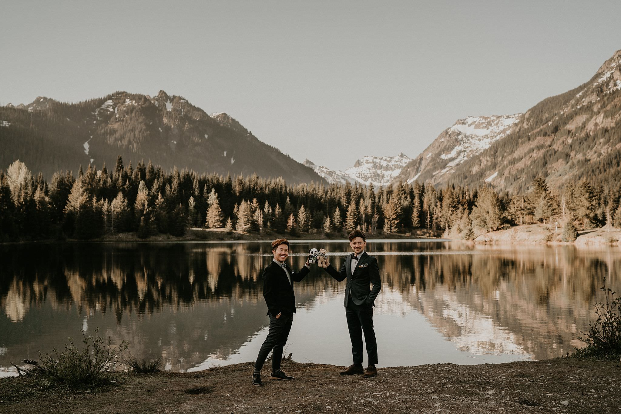 Best elopement photography in seattle