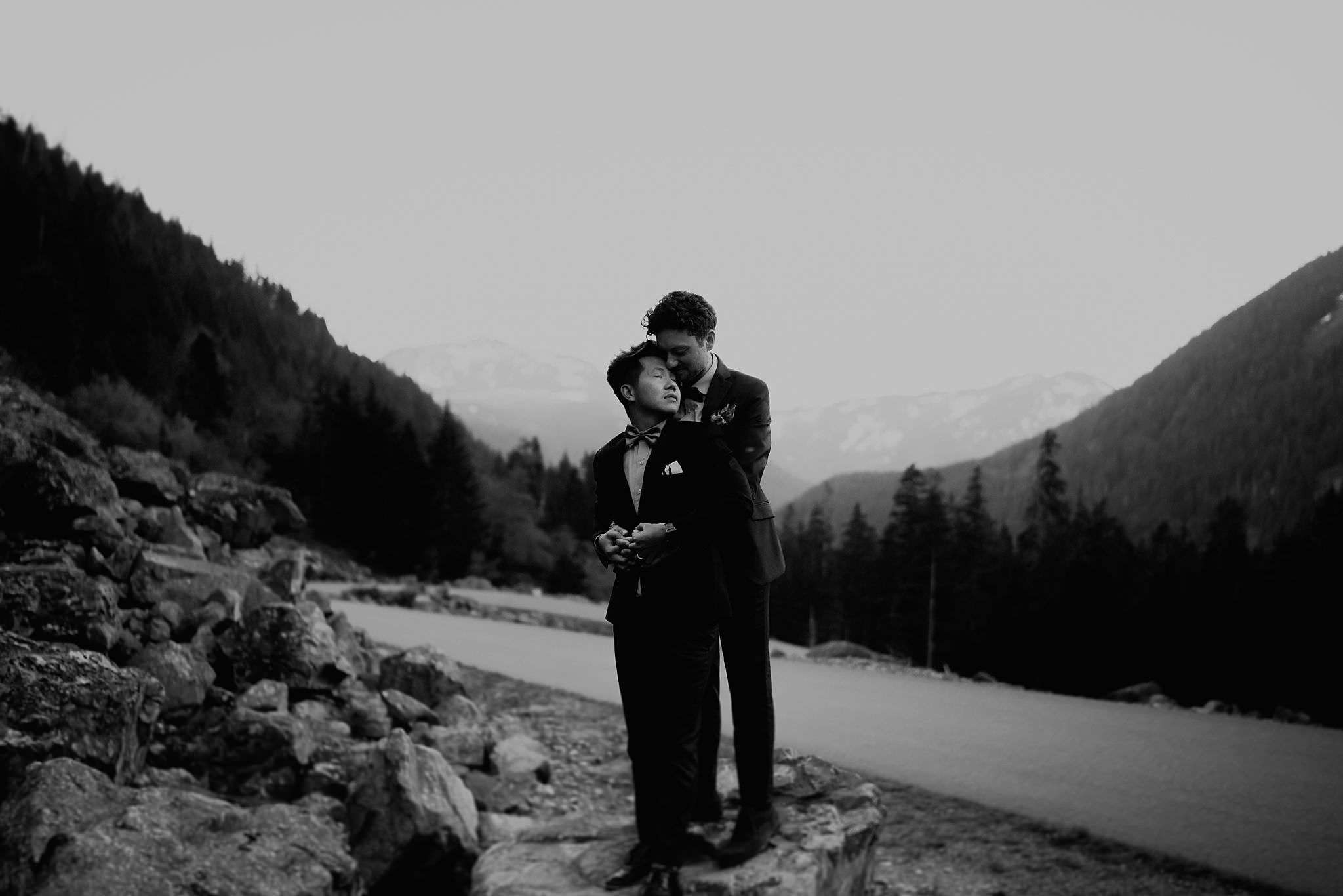 Gold-Creek-Pond-Elopement-Pacific-Northwest-Washington-Mountain-LGBT-Gay-Wedding_0076.jpg