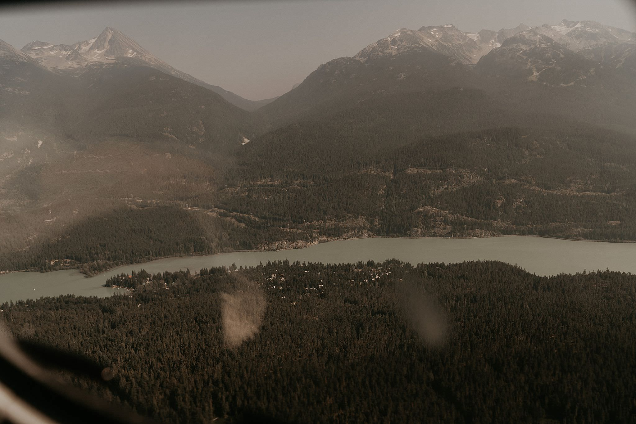 whistler-mountain-helicopter-elopement-wedding_0081.jpg