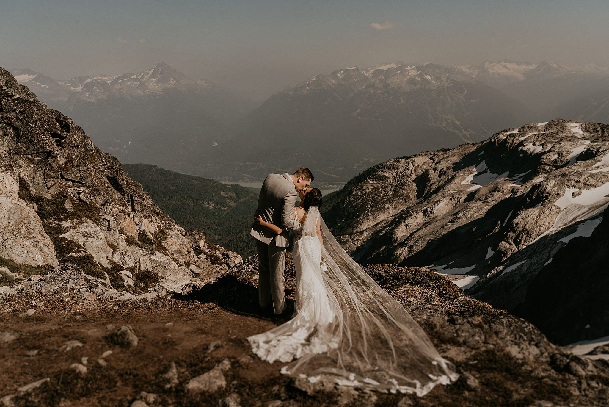 whistler-mountain-helicopter-elopement-wedding_0103.jpg