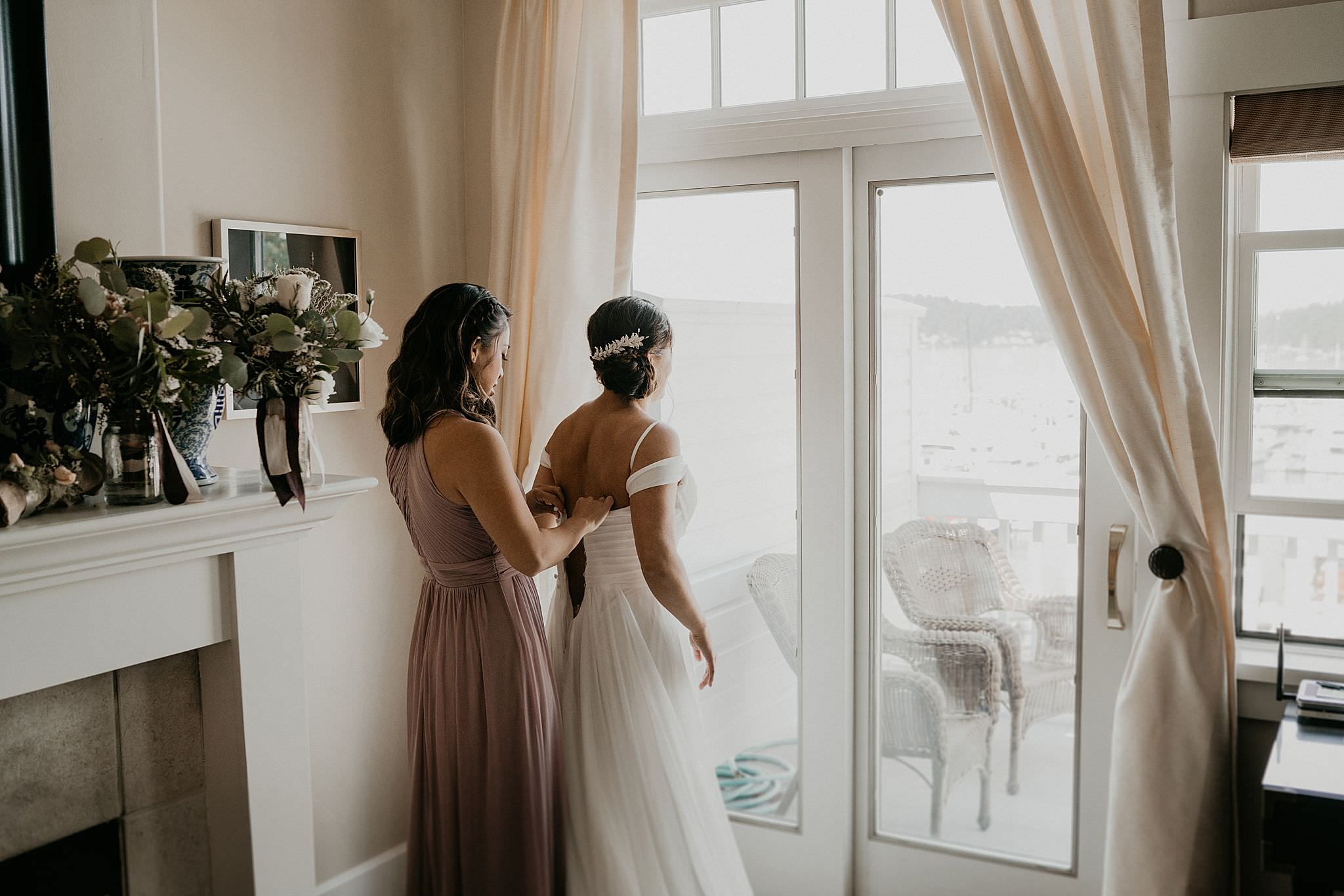 Bride getting ready with her bridesmaids at Roche Harbor