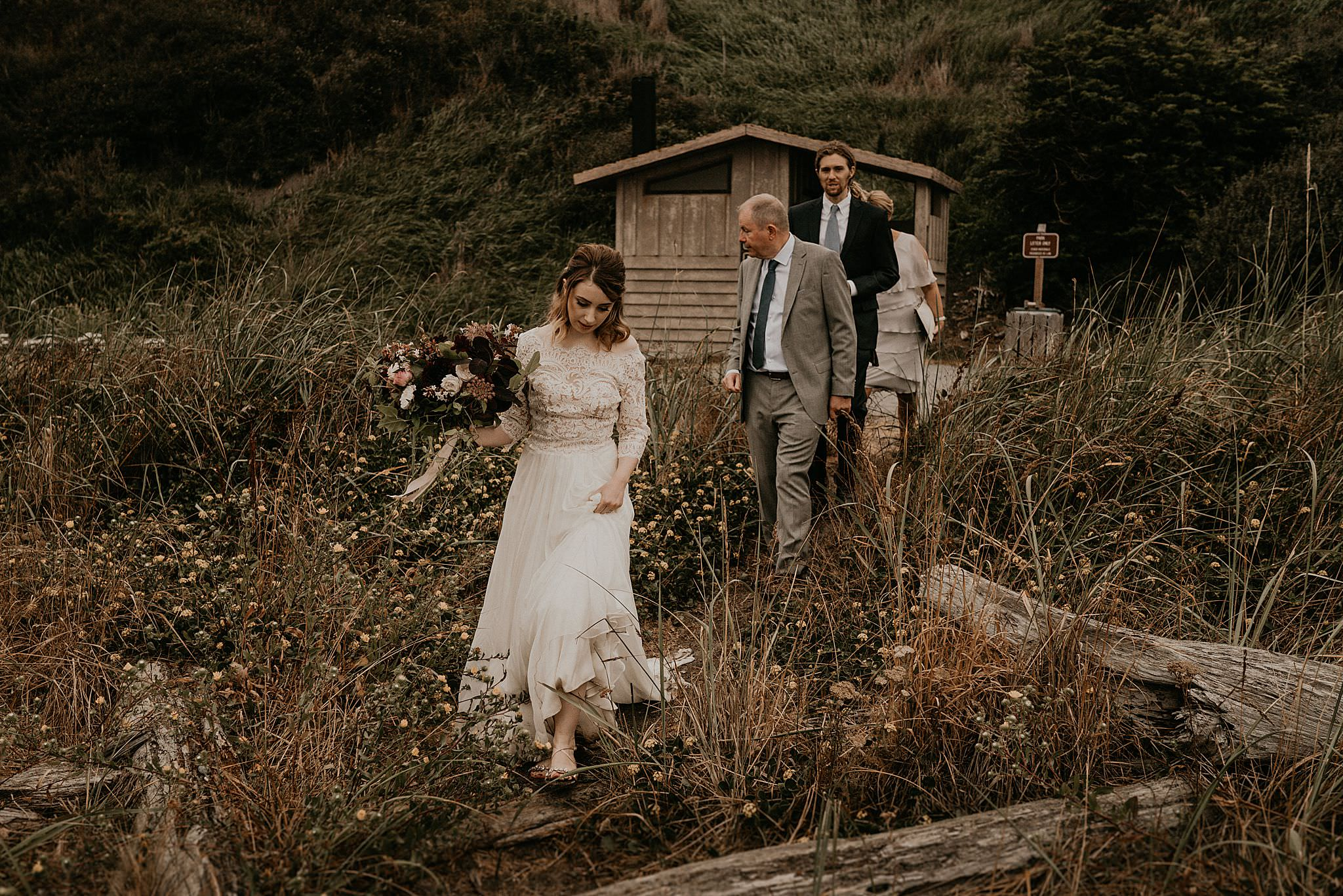 whidbey-island-wedding-intimate-elopement_0025.jpg