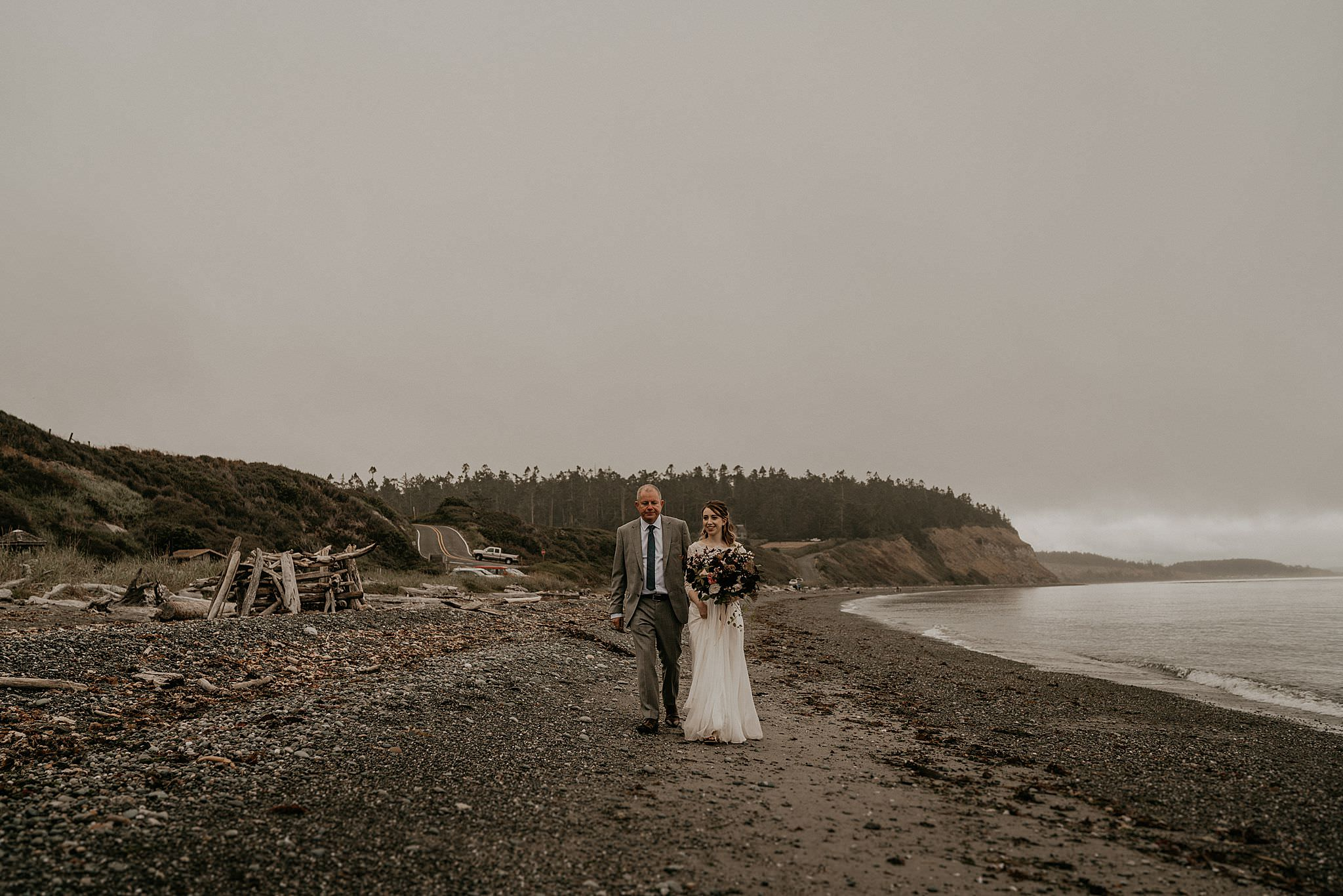 whidbey-island-wedding-intimate-elopement_0034.jpg