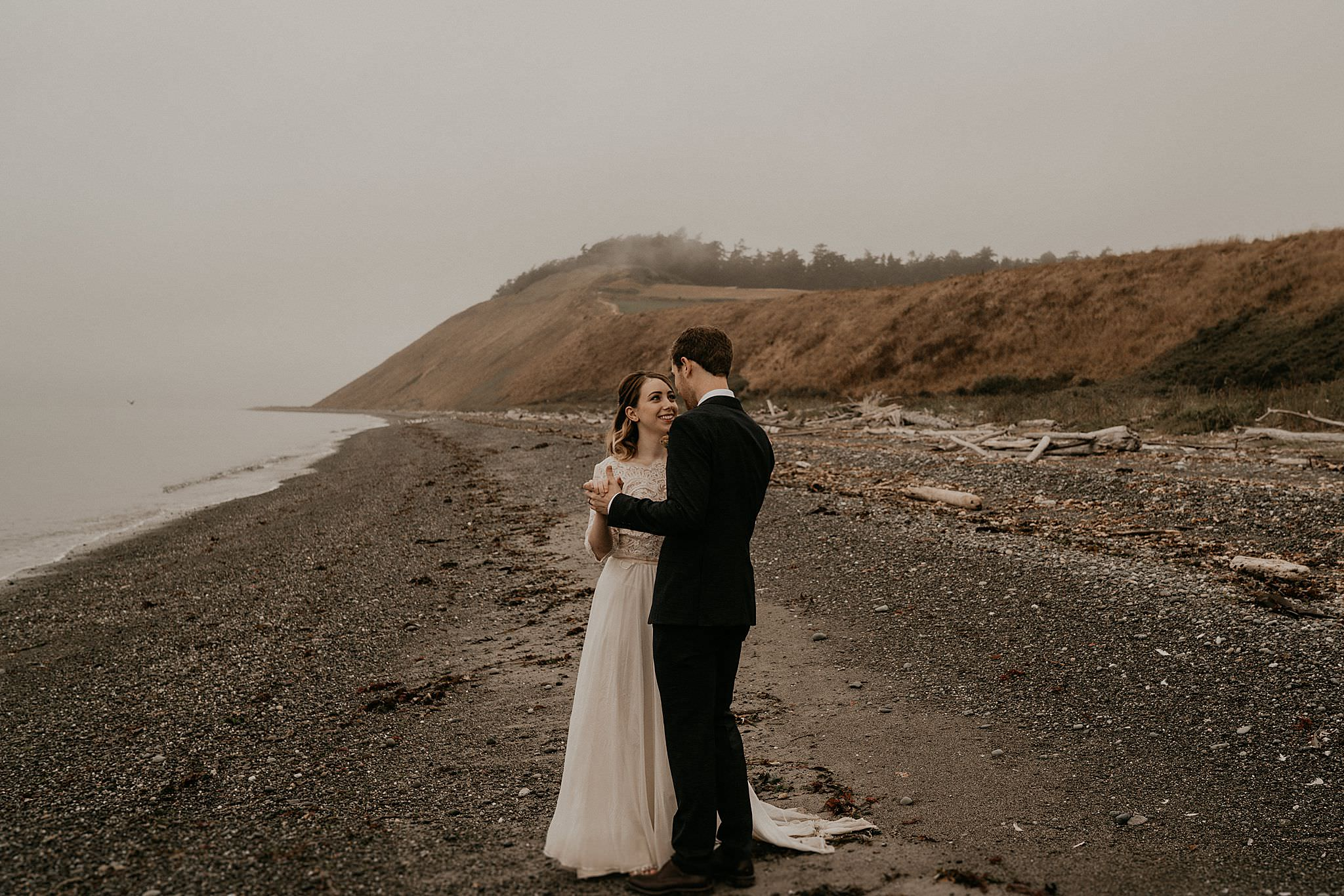 whidbey-island-wedding-intimate-elopement_0044.jpg