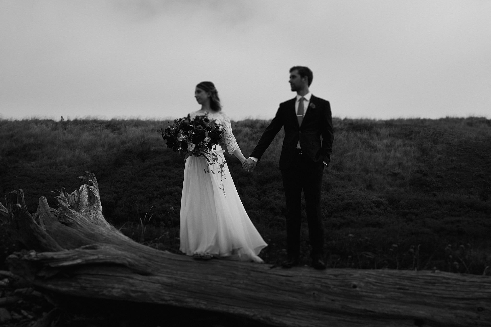 whidbey-island-wedding-intimate-elopement_0081.jpg