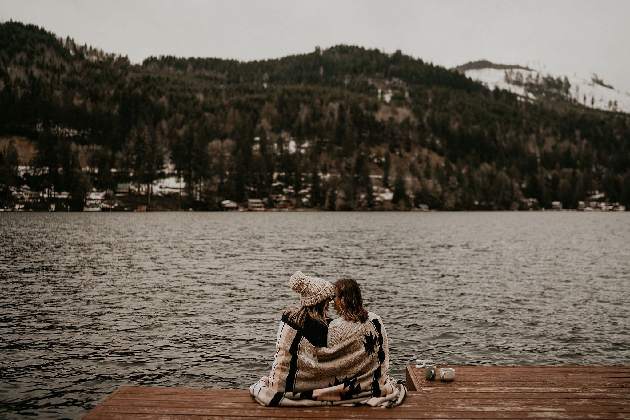 lake sutherland port angeles cabin elopement