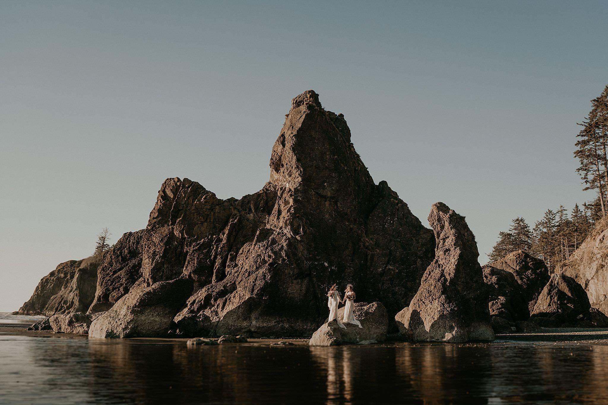 ruby-beach-elopement-olympic-national-park_0045.jpg