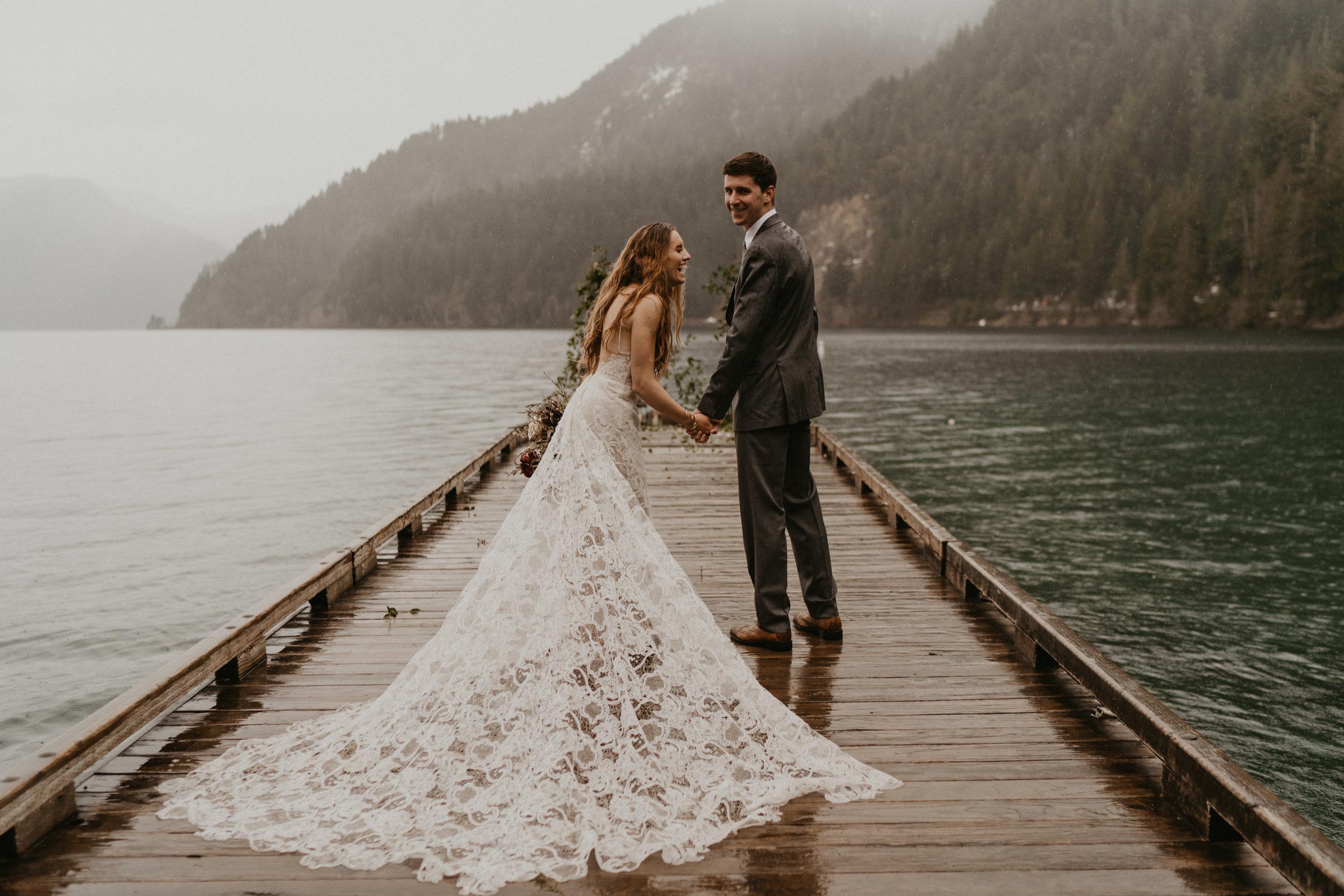 Lake Crescent rainy pnw vibes elopement