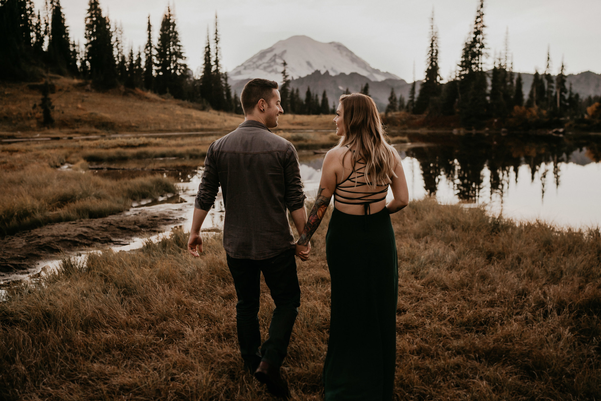 summer Mount rainier national park adventure elopement at tipsoo lake
