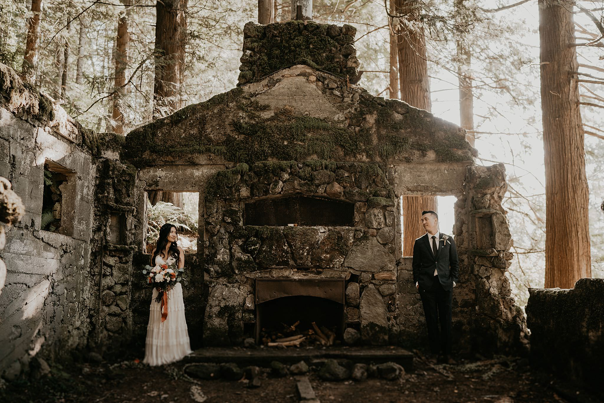Couple got married at Skamania Stone House, Washington Adventure Elopement Photographer