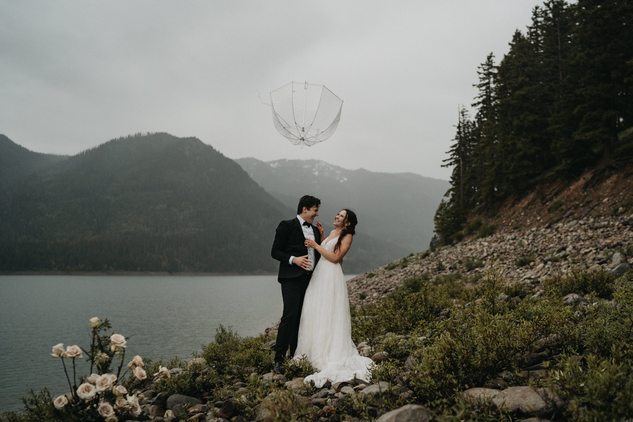 PNW elopement in the rain and fog