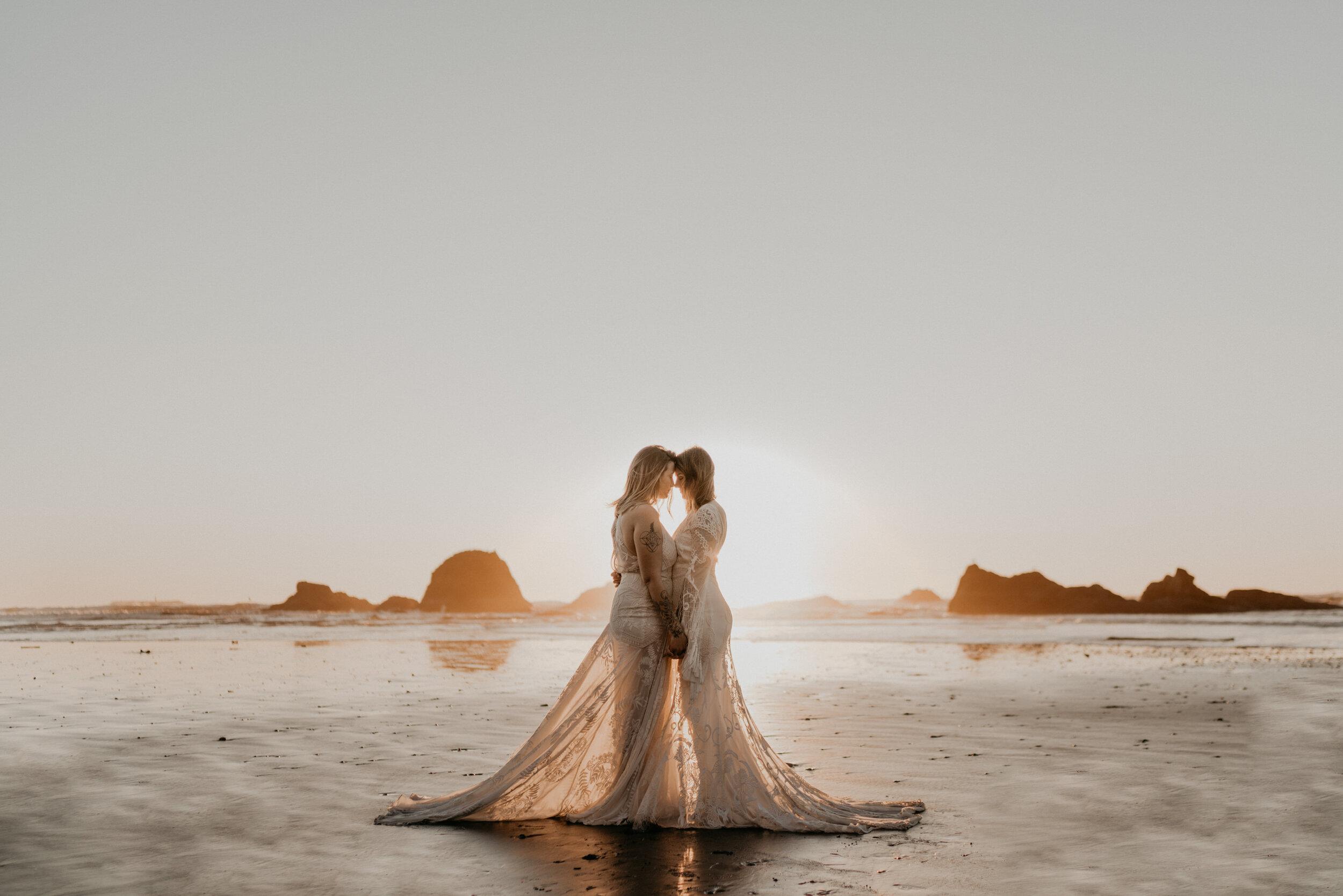 Lesbian couple adventure wedding in Honolulu, Oahu