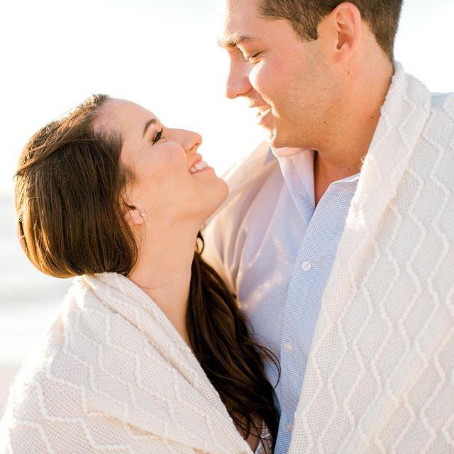 Happy Monday!! ☀️✨ . . . . . . #engaged #engagedcouple #2019bride #beachwedding #marcoisland #loveislove #fortmyers #naplesphotographer #fineartwedding #marthastewartweddings #jwmarcoisland  #Engagementphotos #Weddingcouple #Weddingphotog #Floridaweddingphotographer #Naplesdestinationwedding #Floridadestinationwedding #Sanibeldestinationwedding #Destinationweddingphotographer #canon #canonphotography  #weddinggram  #weddinginspo #weddinggoals #marthaweddings #chicagowedding #floridawedding  #charlstonwedding  #elegantweddings