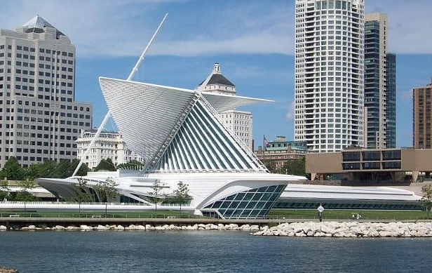 Milwaukee Art Museum - The 341,000-square-foot Museum includes the War Memorial Center designed by Eero Saarinen,the Kahler Building,and the Quadracci Pavilion created by Spanish architect Santiago Calatrava and houses over 30,000 works of art.From its roots in Milwaukee's first art gallery in 1888, the Museum has grown today to be an icon for Milwaukee and a resource for the entire state.