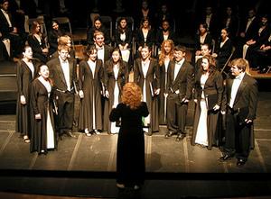 Lafayette Concert Choir under the direction of Jennifer Kelly.