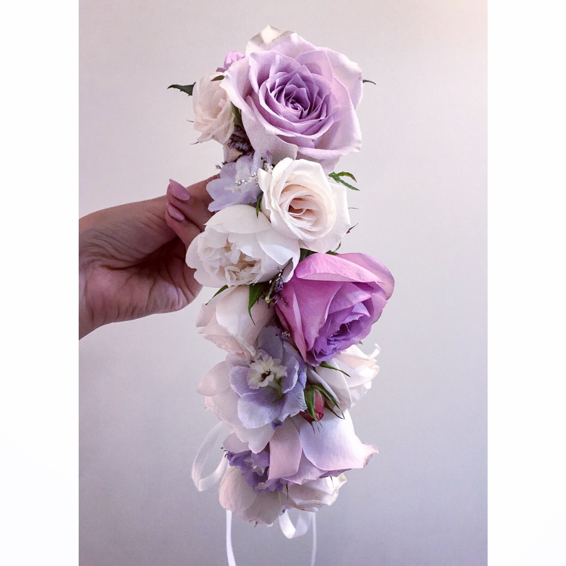 Hen's parties, Birthdays, Baby Showers - .... or any reason at all!Get the girls together for a fun afternoon of playing with flowers, nibbles, bubbles and plenty of laughs...Workshops currently available:-Flower CrownsEnquire below to find out more! L x