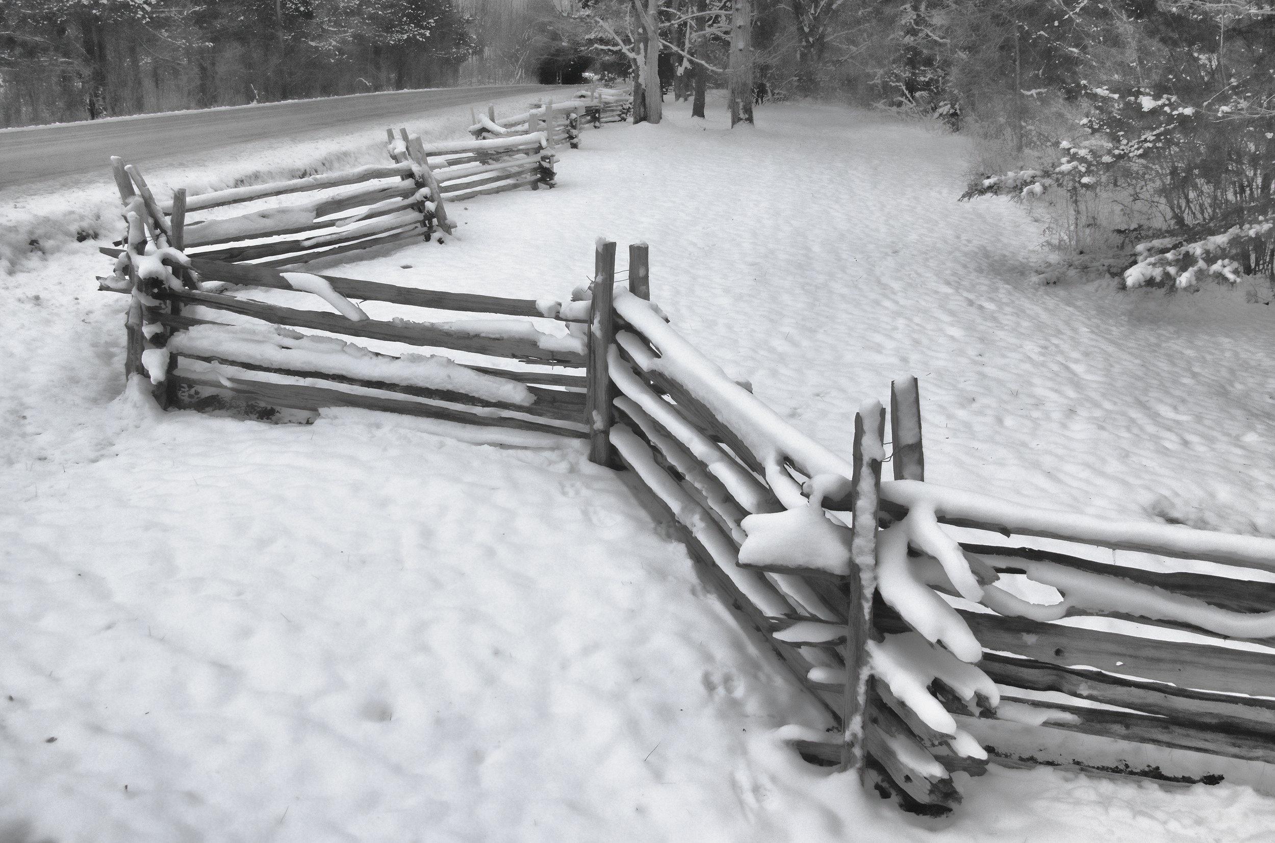 _DSC8569 Vermont Fence II Gray 15.5 x 10.jpg