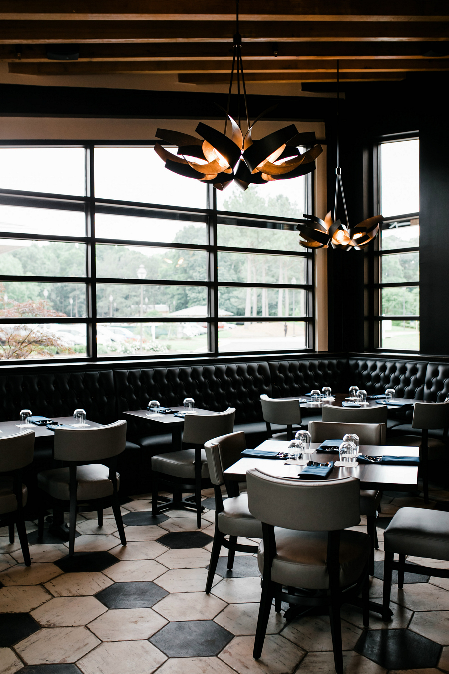 Nest Restaurant Photographer in Williamsburg & Virginia